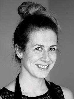 Professeur de Yoga à Domicile et en Entreprise à Montréal et Longueuil